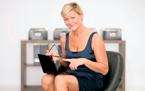 70 plus - the best age for women to start blogging