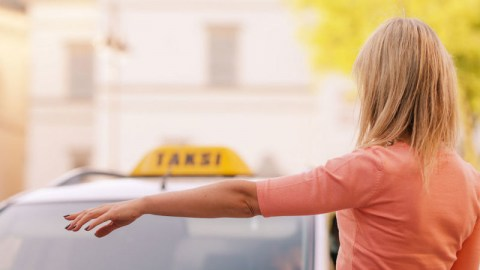 Guide on choosing a reliable taxi company when travelling