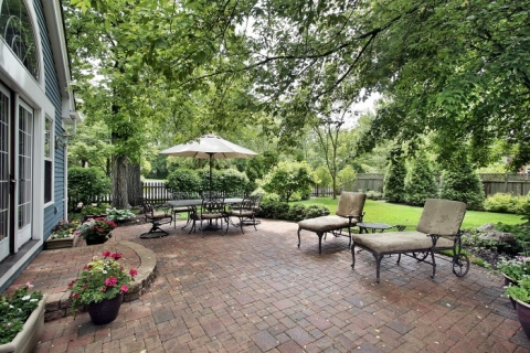 Why you should take up gardening and landscaping