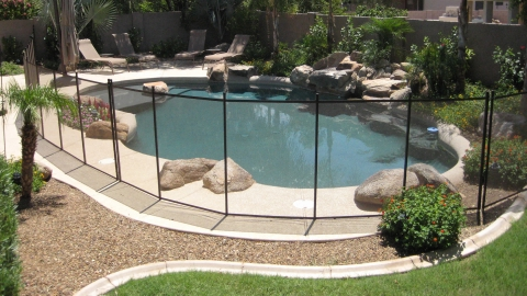 Guidelines on purchasing a pool fence