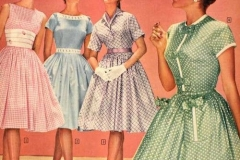 Putting together the perfect 50s outfit