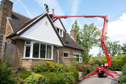 Should you hire a tracked access platform when building