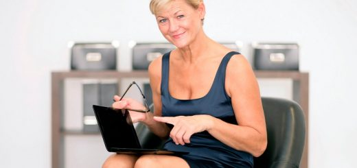 70-plus-the-best-age-for-women-to-start-blogging