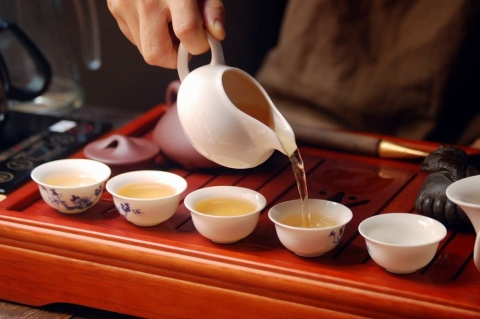 Chinese Tea Ceremony - Steps to Follow for Hosts and Guests Picture
