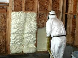 Spray foam insulation – advantages and mistakes to avoid