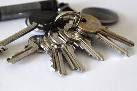 Ways you can use keys tracking technology
